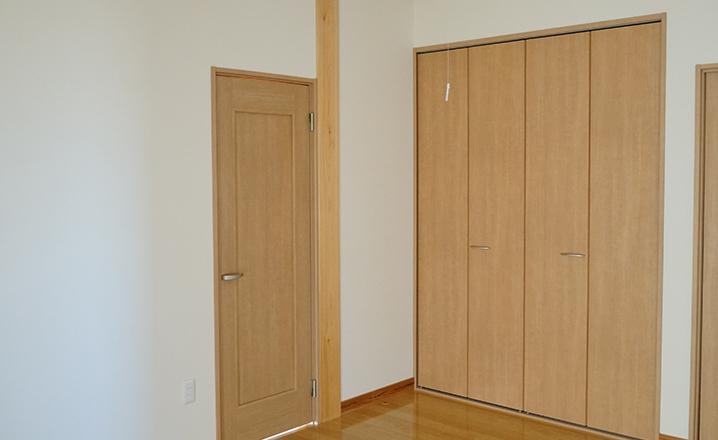木造住宅:那珂市A邸の洋室:クローゼット