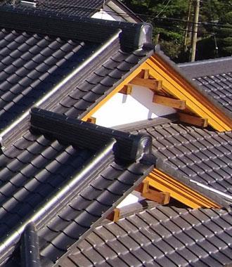 木造住宅屋根入母屋造り